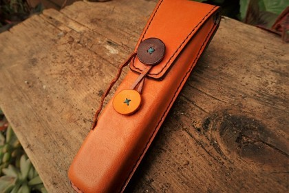 Two enter pen case